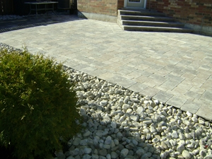 landscaping interlocking stone etobicoke ontario